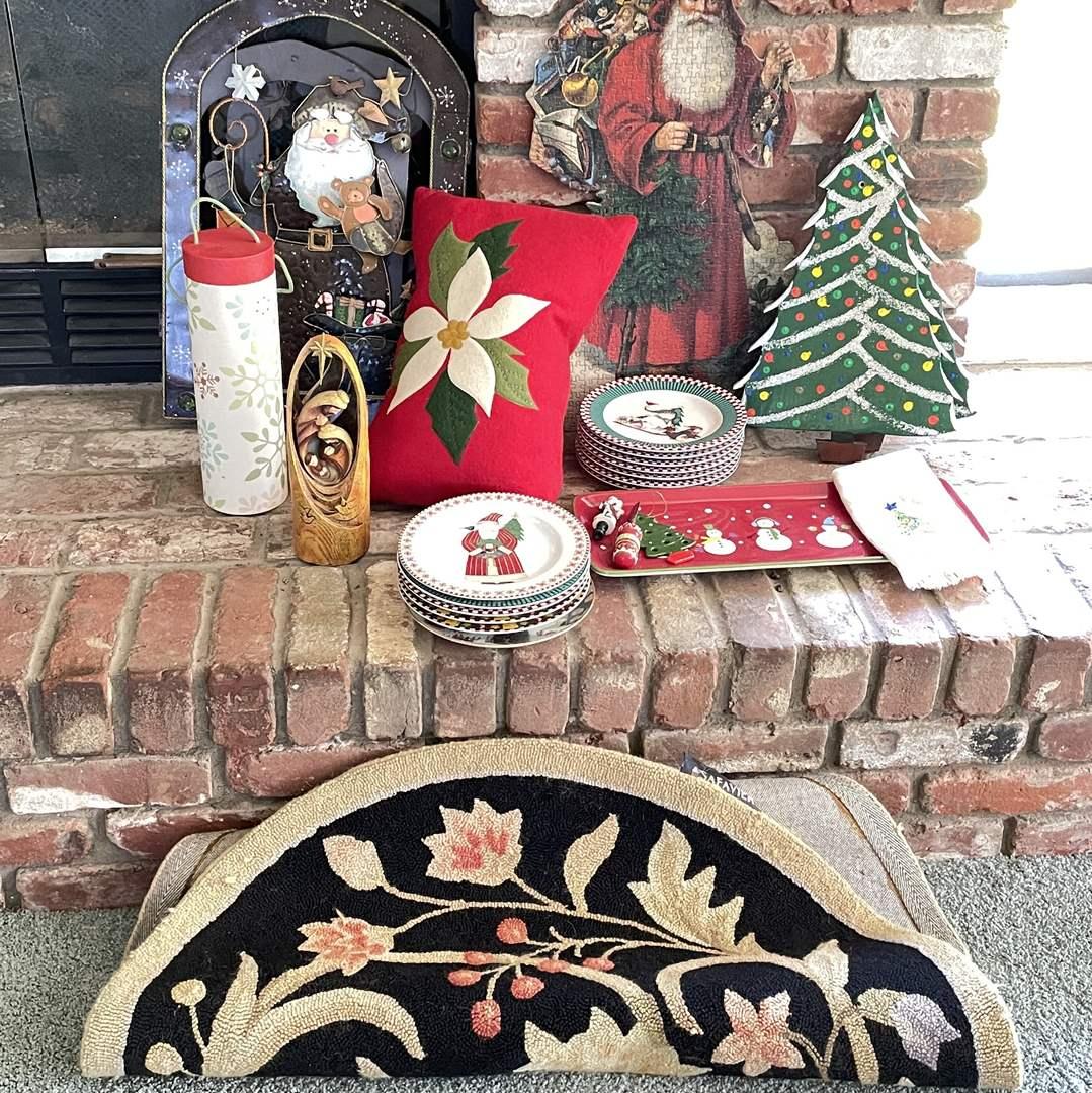 Lot # 28 - Christmas Decor (main image)