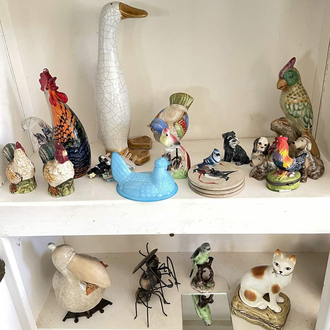 Lot # 36 - Animal Figurines (main image)