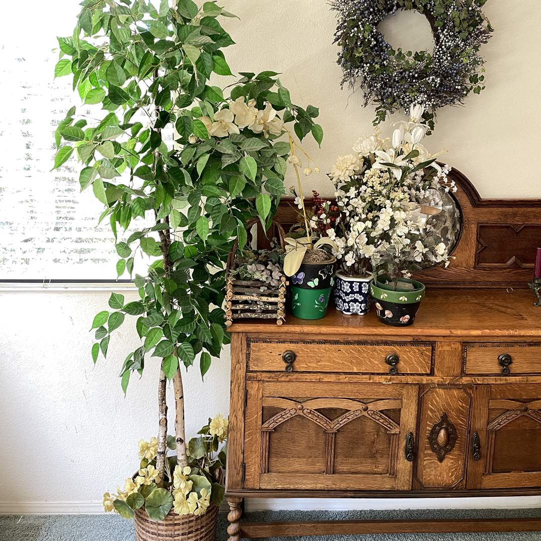 Lot # 51 - Faux Potted Tree and Assortment of Plants and Wreath (main image)