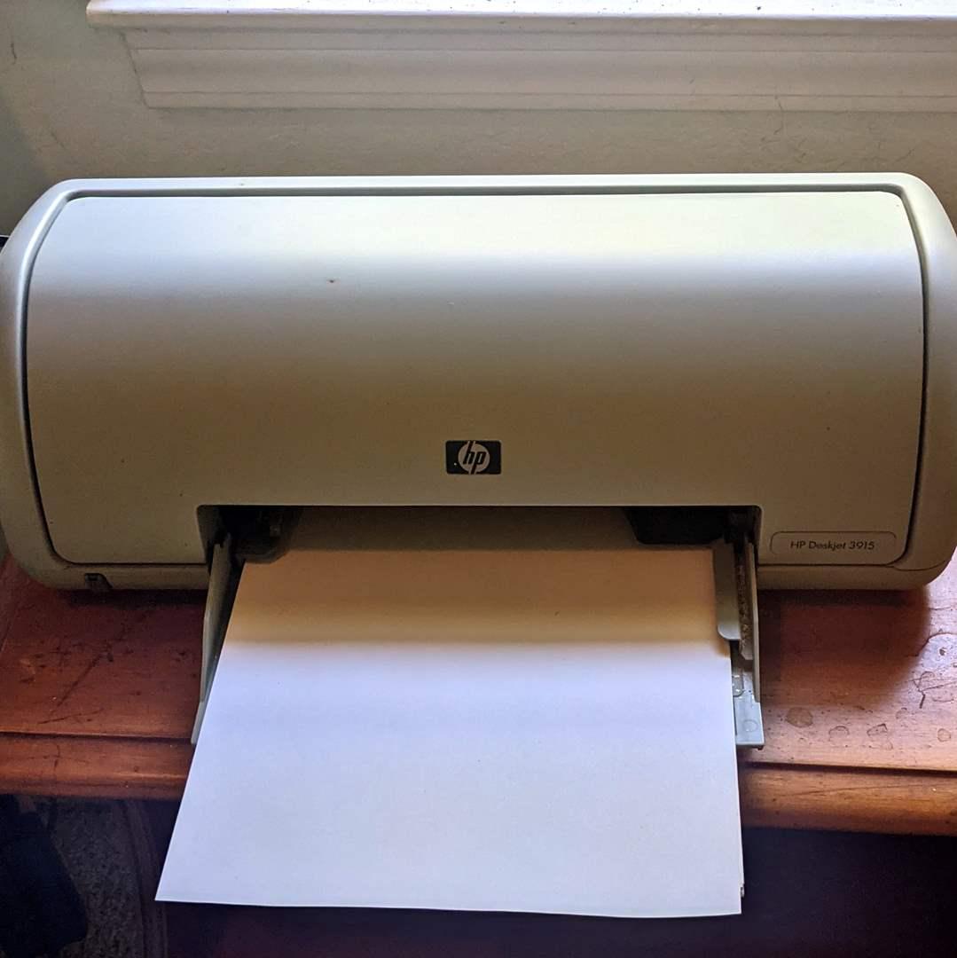 Lot # 103 - HP Deskjet 3915 Computer Printer  (main image)