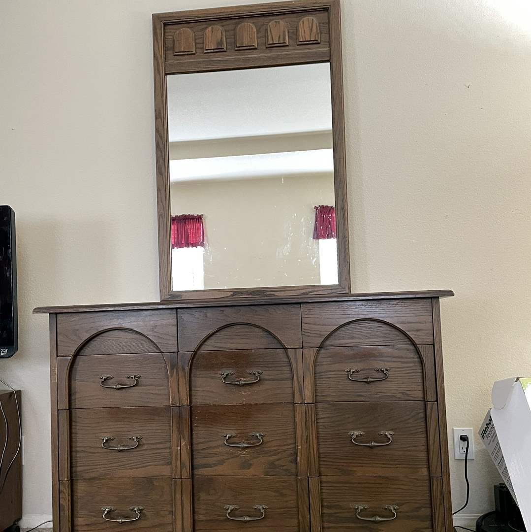 Lot # 129 - Vintage Imperial Wood Dresser with Attached Mirror (Matches Lot 130) (main image)