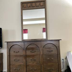 Lot # 129 - Vintage Imperial Wood Dresser with Attached Mirror (Matches Lot 130)