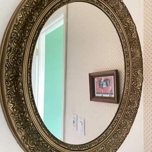 Lot # 141 - Hall Bathroom Furnishings
