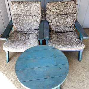 Lot # 153 - Matching Outdoor Chairs and Table