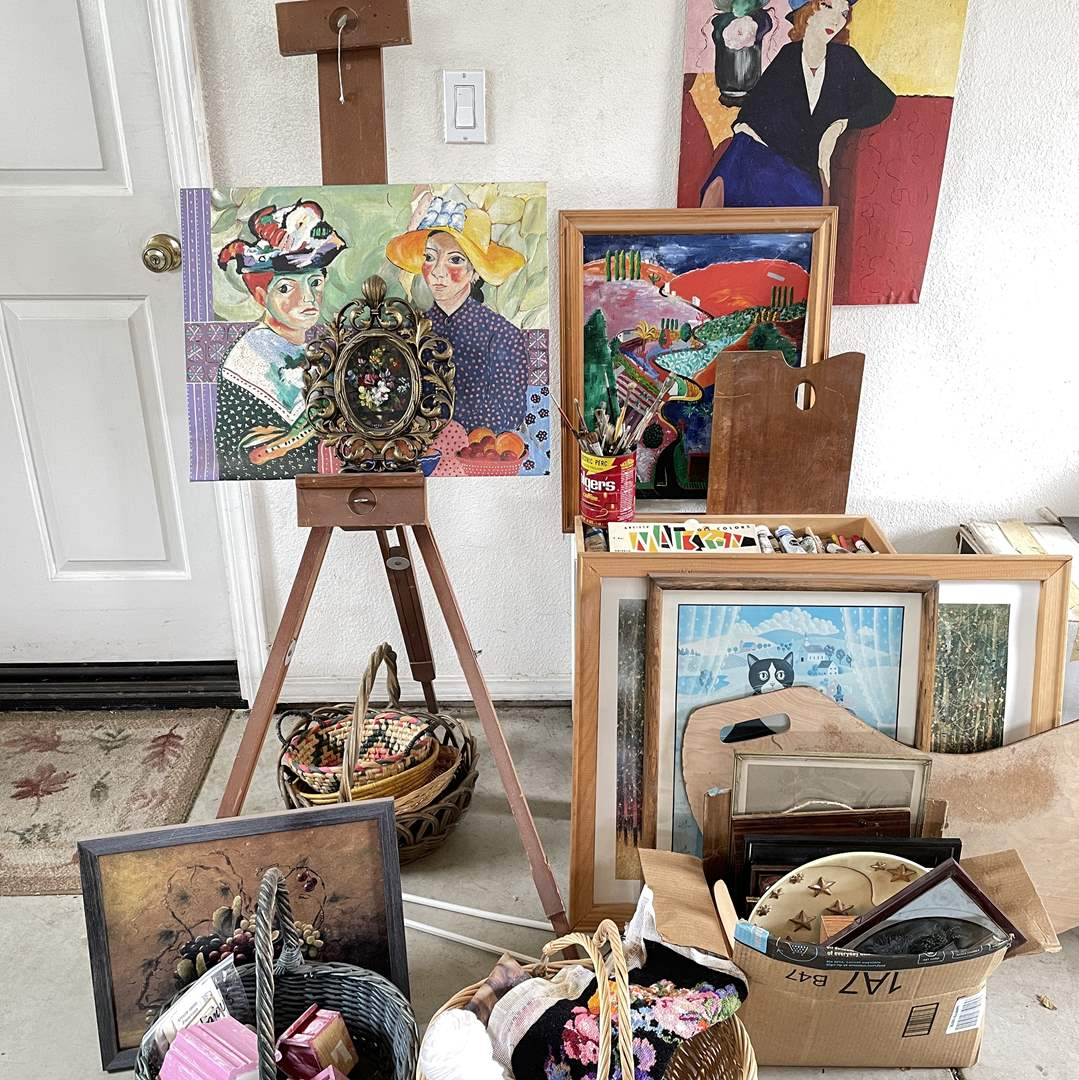 Lot # 163 - Artist and Crafters Items  (main image)