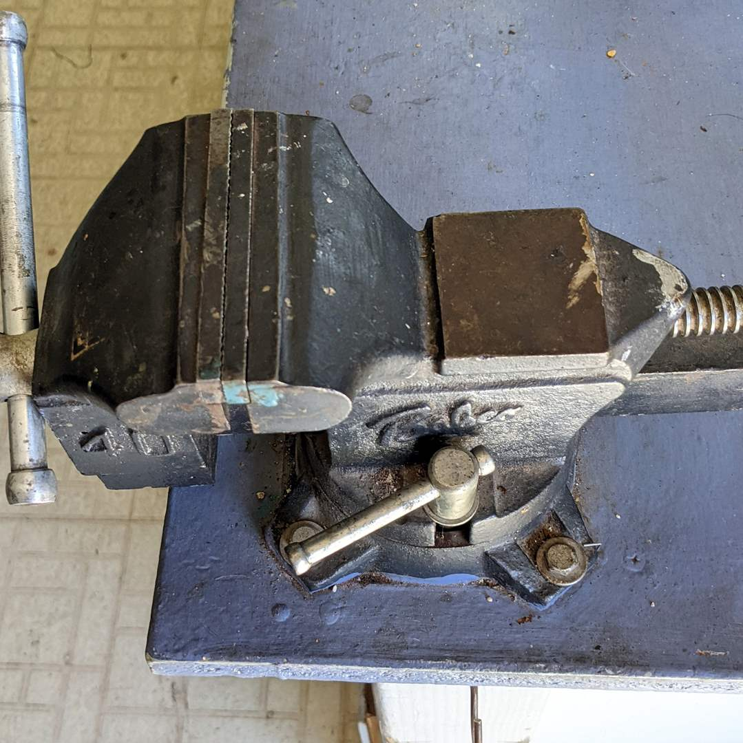 Lot # 181 - Bench Vice - Babco 40 (main image)