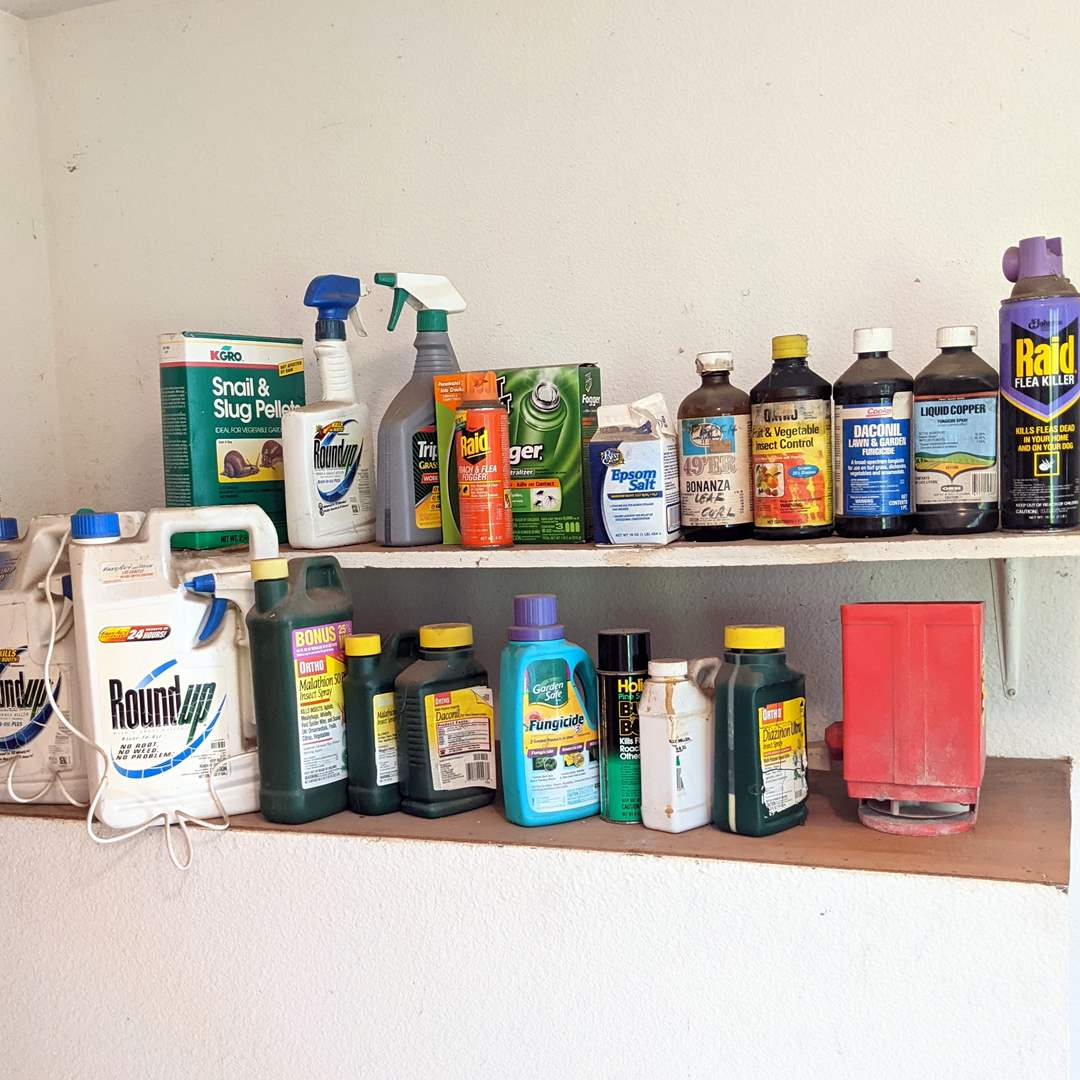 Lot # 194 - Weed Killer and all kinds of Pest Control (main image)