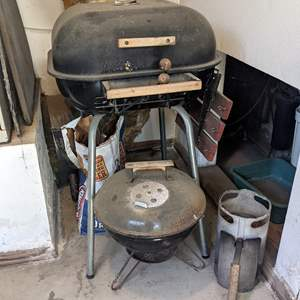 Lot # 195 - Charcoal Grills and Supplies