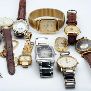 Lot # 252 - Watches Watches Watches!