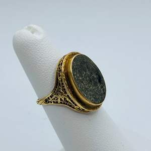 Lot #  1 - 14k gold ring (5.0g total weight)