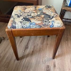Lot #  70 - Kitty stool