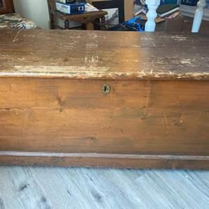 Lot #  71 - Vintage trunk