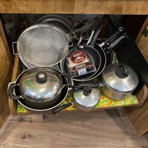 Lot #  96 - Pots & pans