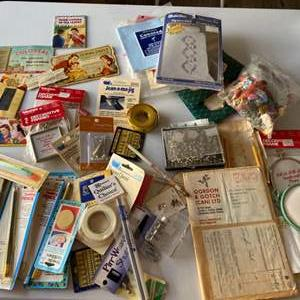 Lot # 109 - Notion Supply box