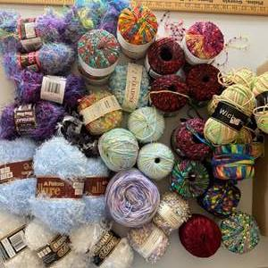 Lot # 116 - Box with a selection of varied yarn: Cotton, Bamboo, Nylon