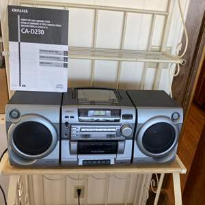 Lot # 128 - Aiwa am/fm stereo portable radio