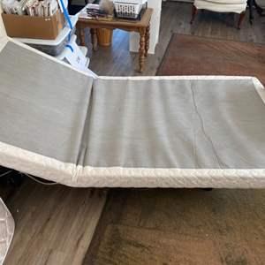 Lot # 142 - Twin power bed, needs mattress
