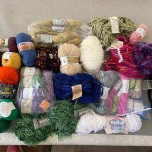 Lot # 143 - Selection of varied yarns