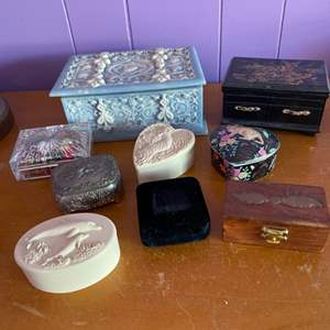 Lot # 198 - Trinket boxes with costume jewelry