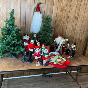 Lot # 231 - Christmas decorations and folding table