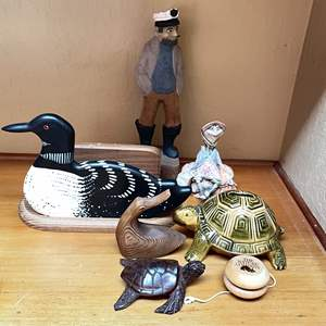Lot # 8 - Creature Feature (Jessica DeStefano Sculpture, Handmade Loon and More)