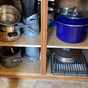 Lot # 71 - Assortment of Cookware