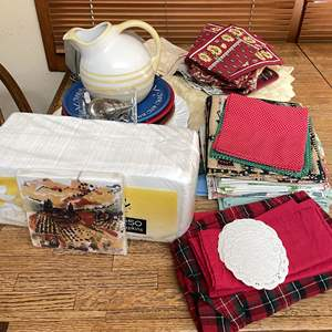 Lot # 93 - Entertainers Collection (Platters, Placemats, Napkins, Pitcher and More)