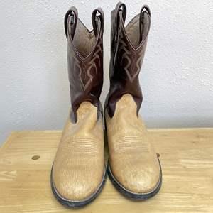 Lot # 143 - Cowboy Boots (Men's Size 9.5)