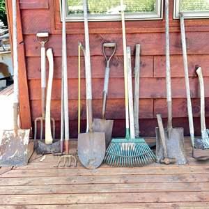 Lot # 145 - Big Assortment of Gardening Tools