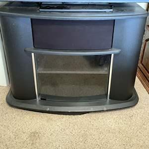 Lot # 152 - Entertainment Center/Tv Stand with Hidden Spot for Center Speaker