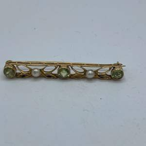 Lot # 8 - Citron .45ctw and .10mm seed pearls 14k gold brooch