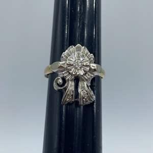Lot # 16 - Cocktail ring 14k gold (3.7g) .05c diamond