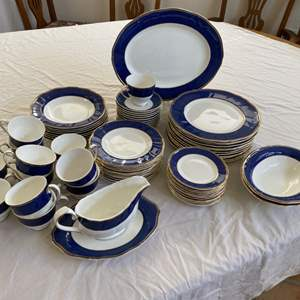 Lot # 60 - Wedgewood crown sapphire dinner setting for 12
