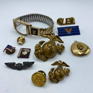 Lot # 62 - Military items