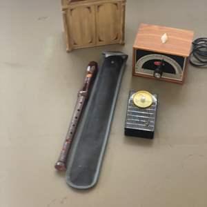 Lot # 182 - Vintage radio and music items