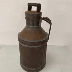 Lot # 185 - Vintage storage can