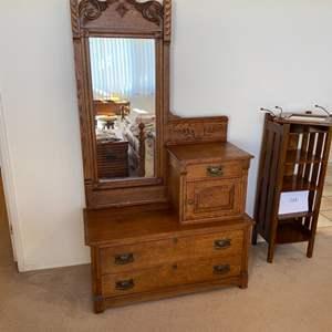 Lot # 215 - Beautiful antique