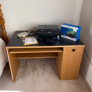 Lot # 220 - Desk with Brother MFC-J435W printer and Linksys router