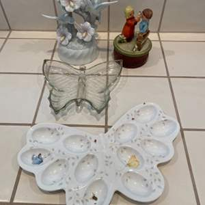 Lot # 263 - Music boxes and butterflies