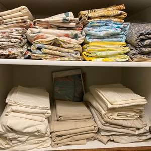 Lot # 271 - Sets of Queen sheets (in good condition)
