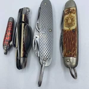 Lot # 301 - Pocket knives