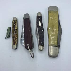 Lot # 302 - Pocket knives