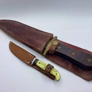 Lot # 307 - Straight blade knives