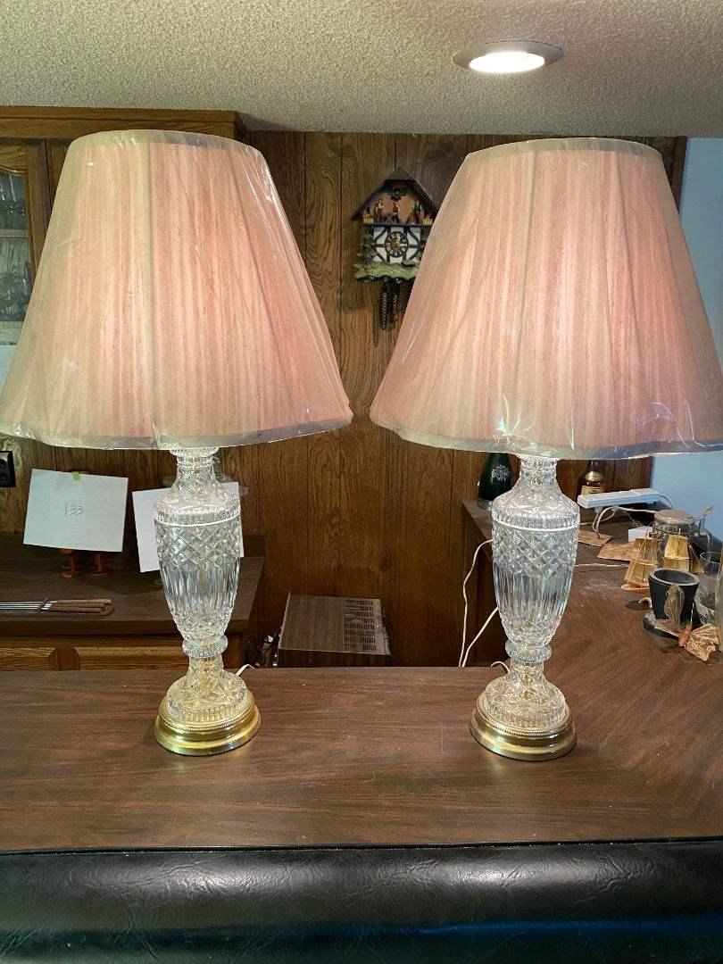 Lot # 136 - MATCHING PAIR OF CRYSTAL LAMPS (main image)