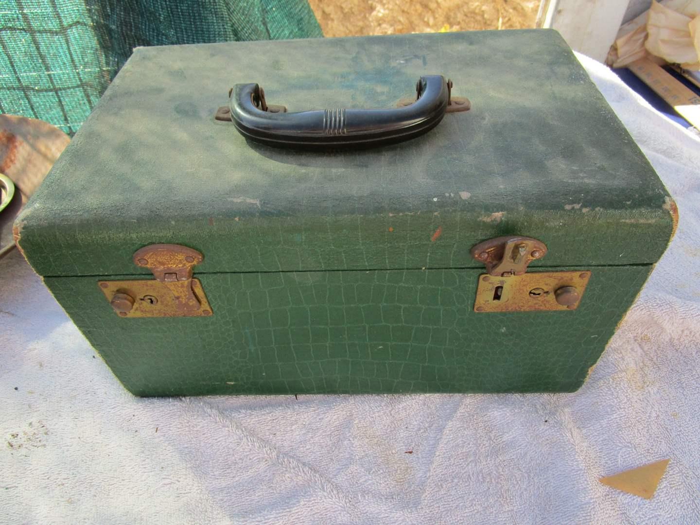 Lot # 14 - Gold pan, OR Lic Plate, Train Case, etc. (main image)
