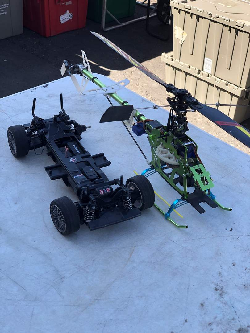 Lot # 49 - RC CAR AND HELICOPTER (main image)