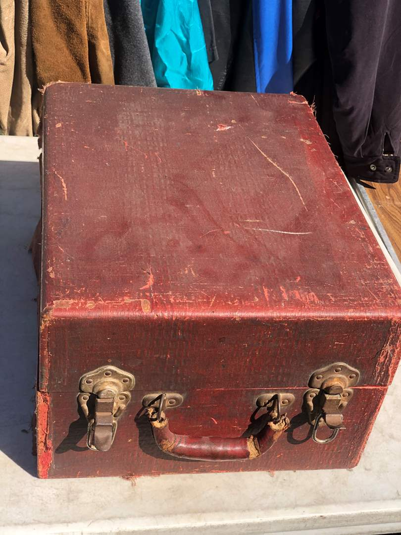Lot # 69 - PORTABLE CRANK LP PLAYER (main image)