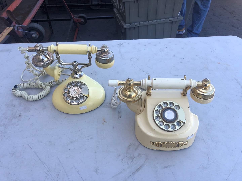 Lot # 78 - OLD PHONES (main image)