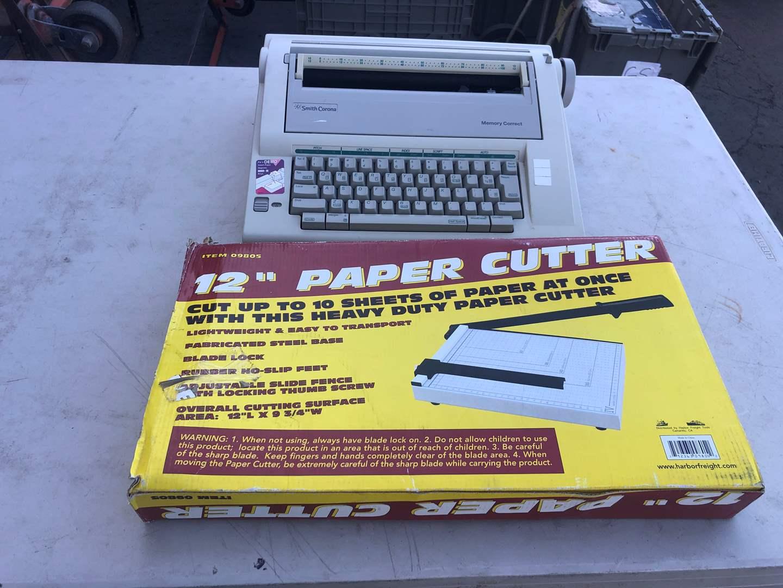 Lot # 109 - TYPEWRITER / PAPER CUTTER (main image)