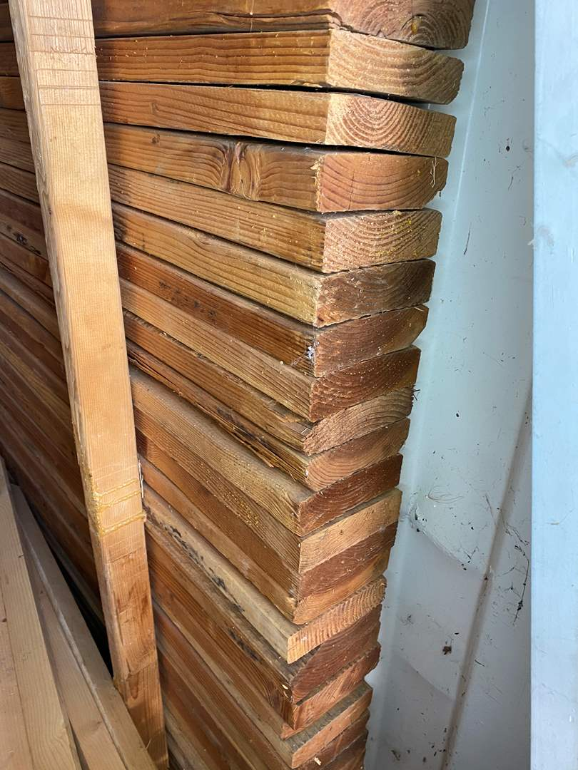 "Lot # 32 - 41-2""x6""x16' DOUGLAS FIR BOARDS (main image)"